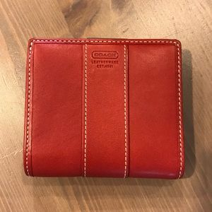 💥 Coach Red Leather Wallet 💥